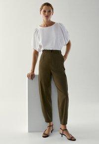 Massimo Dutti - Trousers - khaki - 1