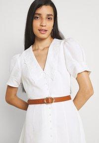 Forever New - HEATHER EMBROIDERED COLLAR MIDI DRESS - Shirt dress - porcelain - 3