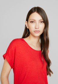 ONLY - ONLMOSTER ONECK - T-shirts - high risk red - 3