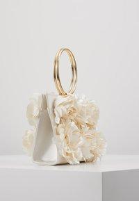 Mascara - Pochette - ivory - 3