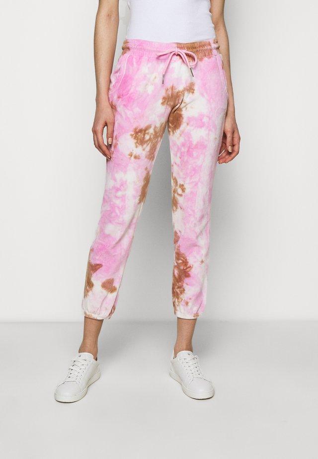 Teplákové kalhoty - cherry