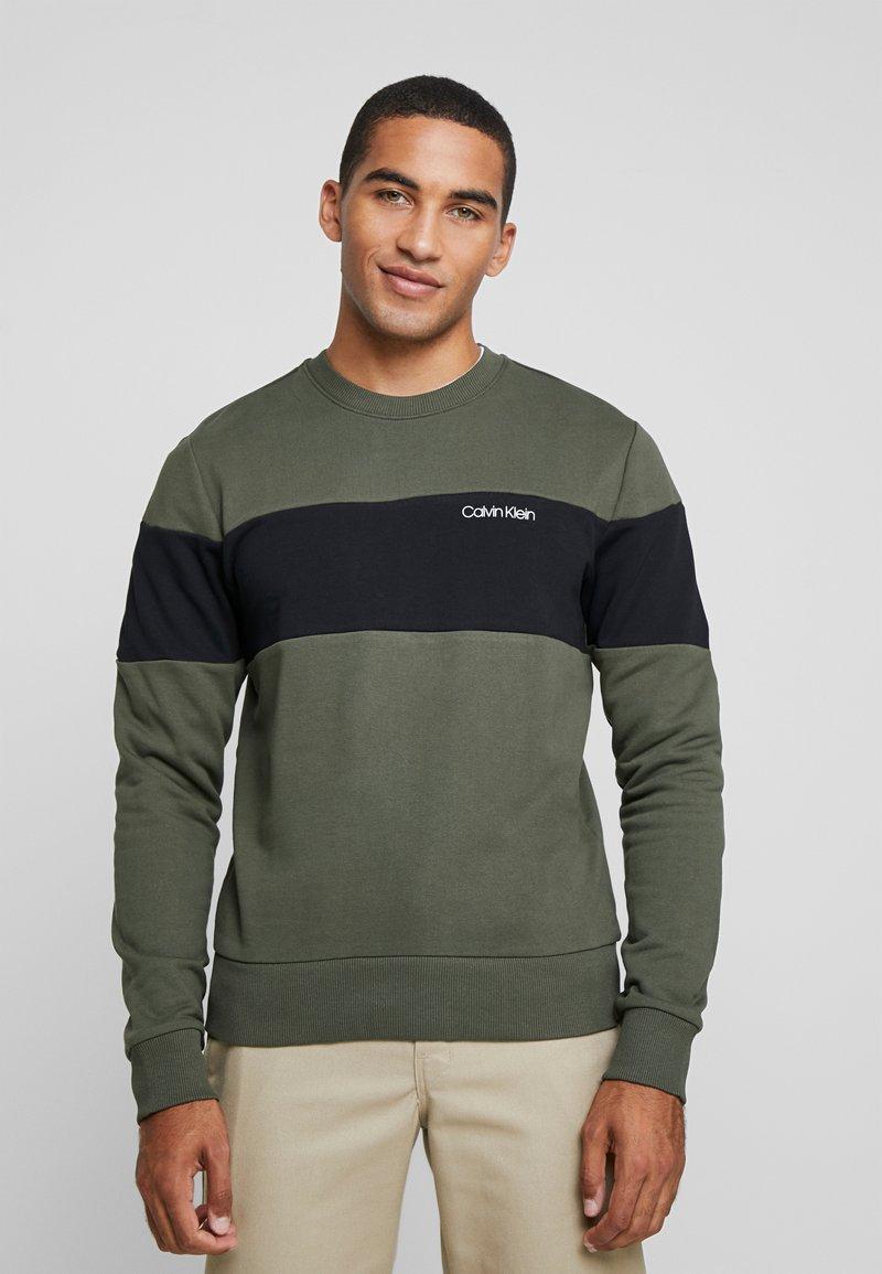 Calvin Klein - LOGO - Sweatshirt - green