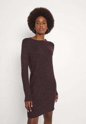 VMDOFFY O-NECK DRESS - Jumper dress - port royale