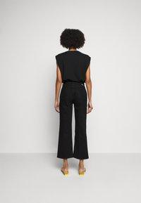 Boyish - THE MIKEY HIGH RISE WIDE LEG - Džíny Relaxed Fit - black beauty - 2