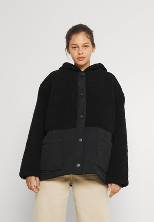 REVERSIBLE RECYCLE CABIN JACKET - Light jacket - black