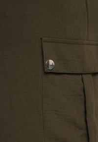 Dorothy Perkins Curve - UTILITY JOGGER - Cargo trousers - khaki - 5