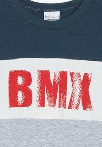 Fred's World by GREEN COTTON - BMX  - Print T-shirt - pale greymarl - 3
