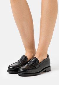 Grenson - PHILIPPA - Loafers - black - 0