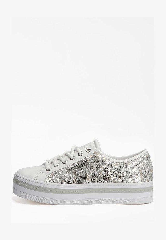 Sneakers laag - silber
