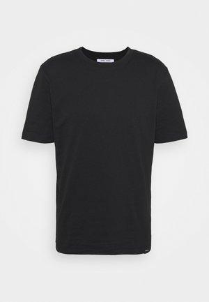 HUGO - Basic T-shirt - black