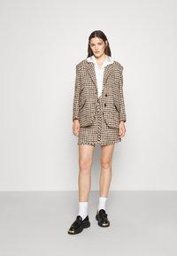 sandro - Short coat - marron/beige - 1