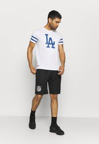 New Era - MLB LA DODGERS TEAM TEE - Print T-shirt - white - 1