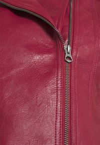 Pepe Jeans - LENNA - Faux leather jacket - currant - 6
