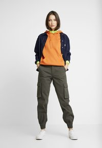 ONLY - Trousers - beluga - 2