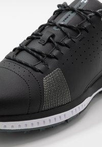 Under Armour - FADE RST 3 E - Golfové boty - black/white - 5