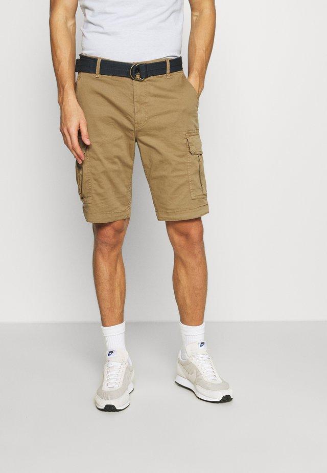 WITH BELT - Shorts - dark tobacco
