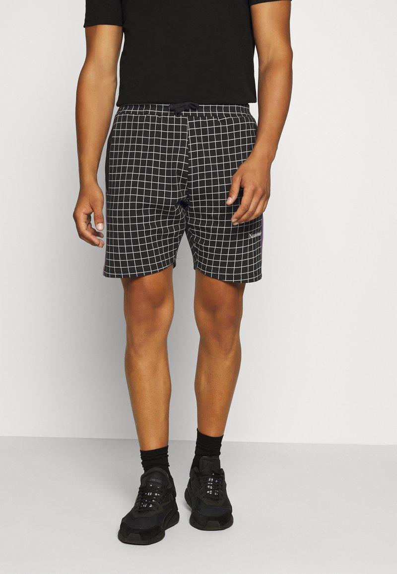 Nominal - Shorts - black