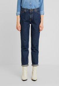 Lee - TAILORED MOM - Straight leg jeans - dark worn - 0