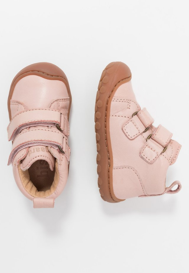 GERLE  - Baby shoes - nude