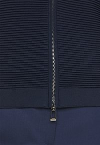 HUGO - SASHEEN - Cardigan - open blue - 5