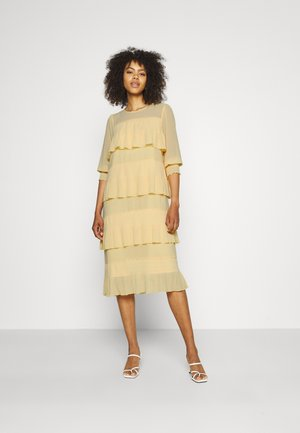 YASBODIL DRESS - Day dress - lemon meringue