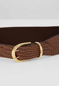 Lauren Ralph Lauren - CROC EMBOSS STRETCH CORNWALL - Waist belt - umber brown