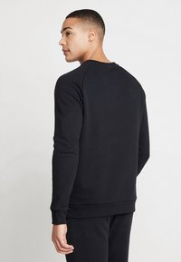 adidas Originals - ESSENTIAL CREW UNISEX - Sweatshirt - black - 2
