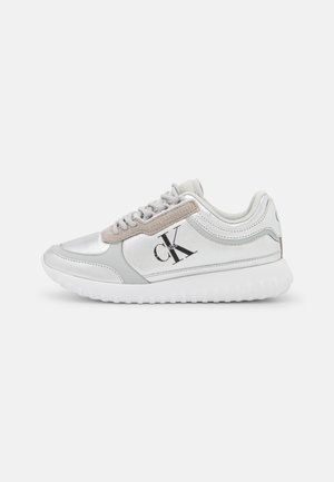 RUNNER LACEUP  - Trainers - silver mirror