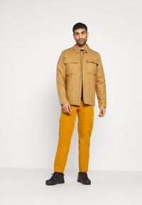 The North Face - ROSTOKER JACKET - Vinterjacka - utility brown - 1