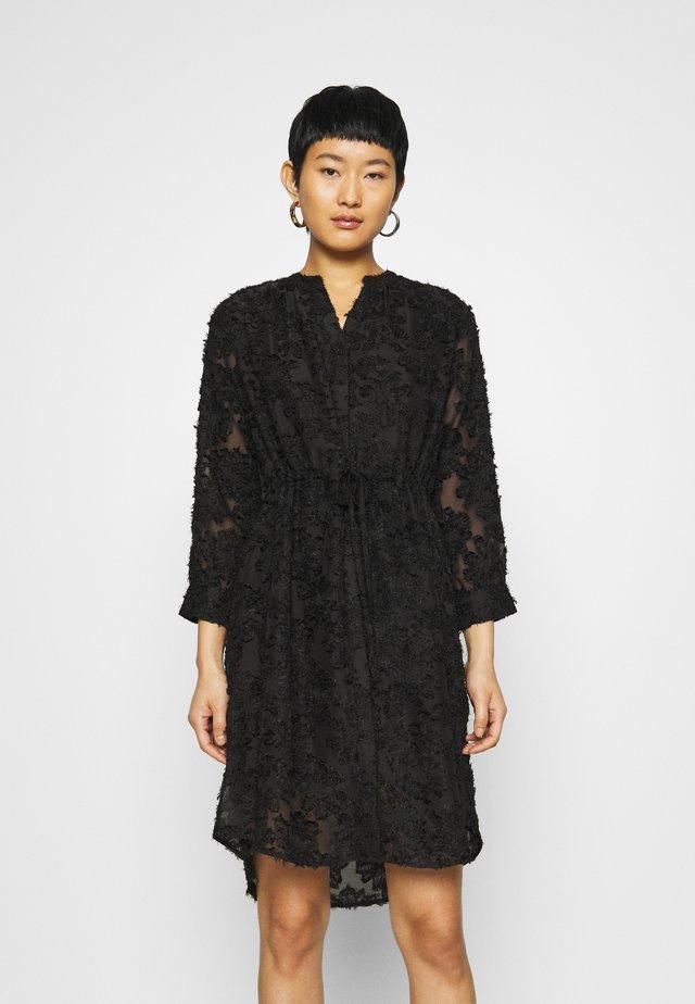 SLFDANIELA DAMINA DRESS - Vapaa-ajan mekko - black