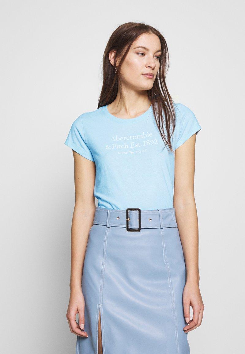 Abercrombie & Fitch - LONG LIFE LOGO  - Print T-shirt - light blue