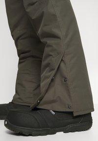 Brunotti - FOOTSTRAP MENS SNOWPANTS - Zimní kalhoty - pine grey - 3