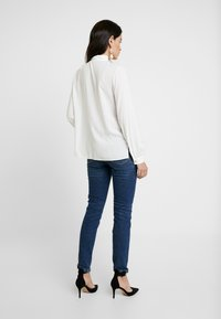 Selected Femme - SLFHALEY SLIM DELUGE - Slim fit jeans - dark blue denim - 2