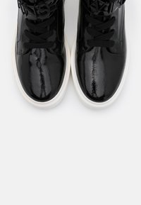 TWINSET - ALTA CON LOGO LETTERING - High-top trainers - nero - 6