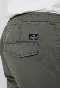 Scalpers - Cargo trousers - khaki - 5