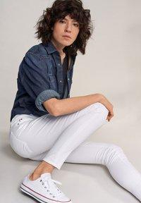 Salsa - Slim fit jeans - white - 5