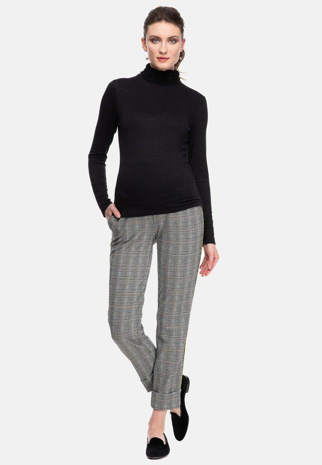 GWYNETH - Long sleeved top - black