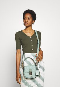 Steve Madden - BSANDIE - Across body bag - mint - 1