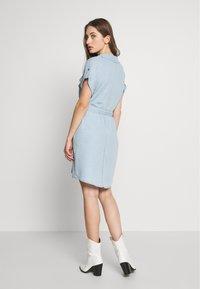 Noisy May - NMVERA ENDI DRESS - Shirt dress - light blue denim - 2