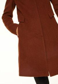 comma - Classic coat - chestnut - 5