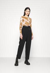 Weekday - ZINC TROUSER - Trousers - black - 1