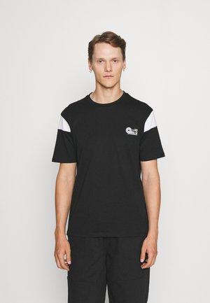 SLEEVE BLOCK NEW - Print T-shirt - black/white