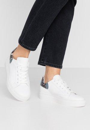 BIASERON  - Baskets basses - white