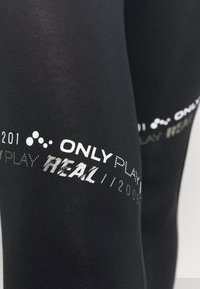 ONLY Play - ONPSUE LIFE - Leggings - black/white/silver
