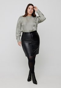 Zizzi - Pencil skirt - black comb - 0