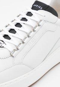 Nubikk - JIRO JADE - Sneakers basse - white - 5