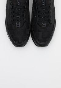 Cruyff - MAXI - Trainers - black - 4