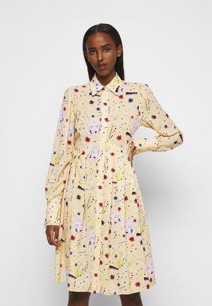 PLEATED BUTTON FRONT DRESS - Abito a camicia - multicoloured
