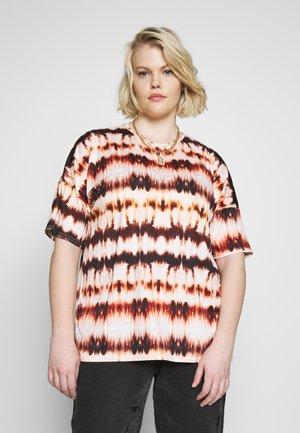 TIE DYE OVERSIZED - Print T-shirt - tan