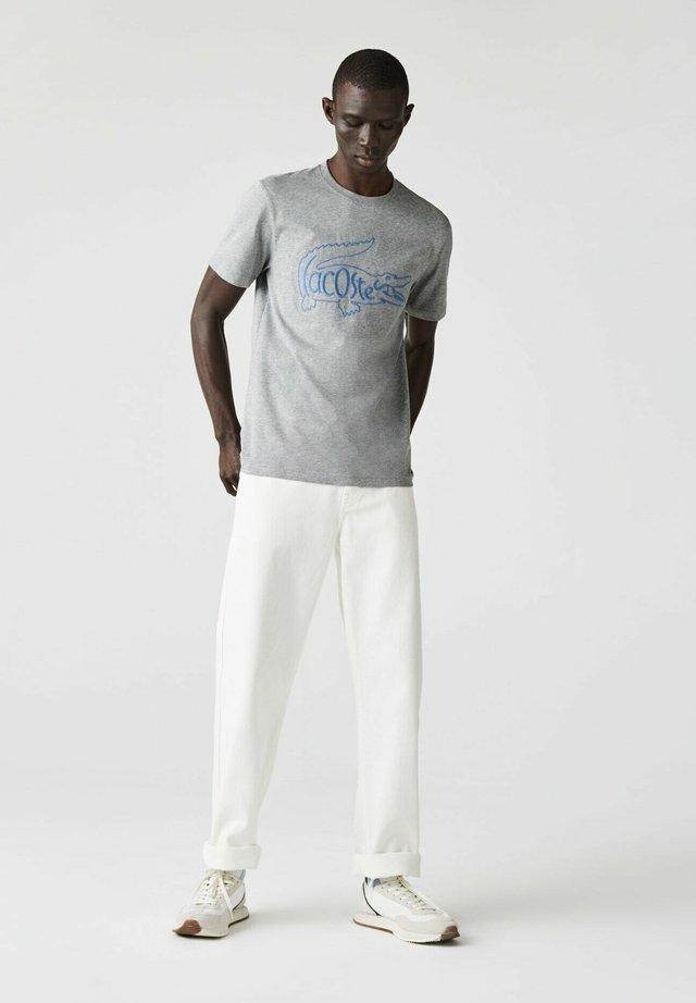 T-shirt imprimé - heidekraut grau